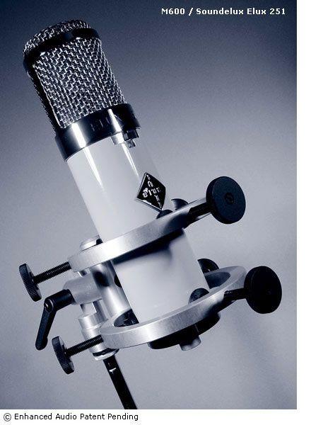M600+Sound Deluxs251