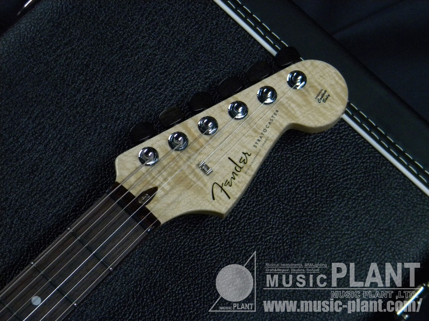 2014 Limited Model Quilt Maple Top Artisan Stratocaster Tigereye/Rosewoodヘッド画像