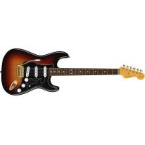 Fender-ストラトキャスターStevie Ray Vaughan Stratocaster Pau Ferro Fingerboard, 3-Color Sunburst