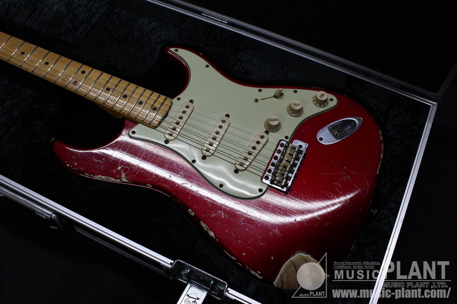 Custom Shop 2006 Vintage Stratocaster Relic Candy Apple Red追加画像