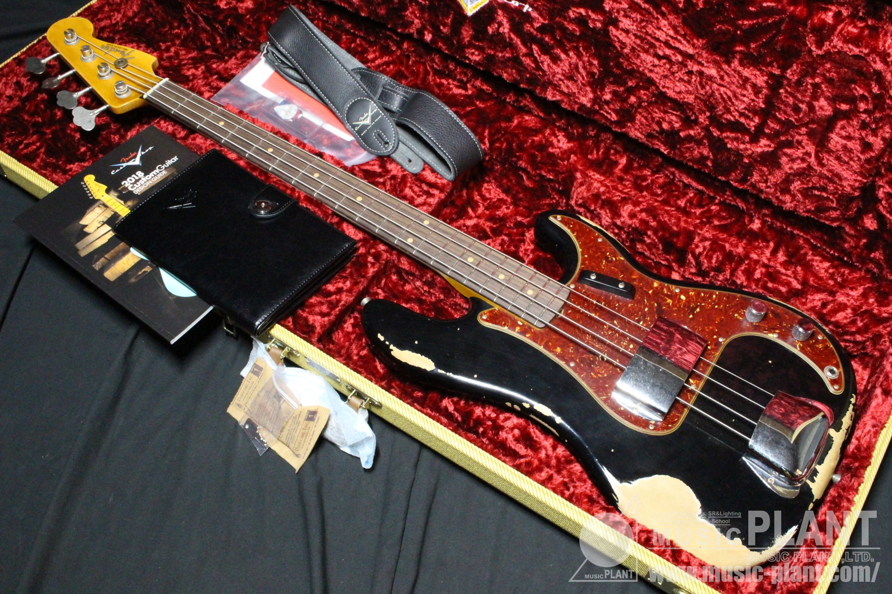 Custom Shop 60 Precision Bass Heavy Relic追加画像