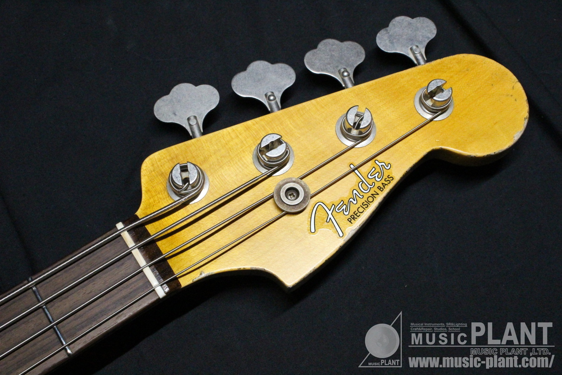 Custom Shop 60 Precision Bass Heavy Relicヘッド画像