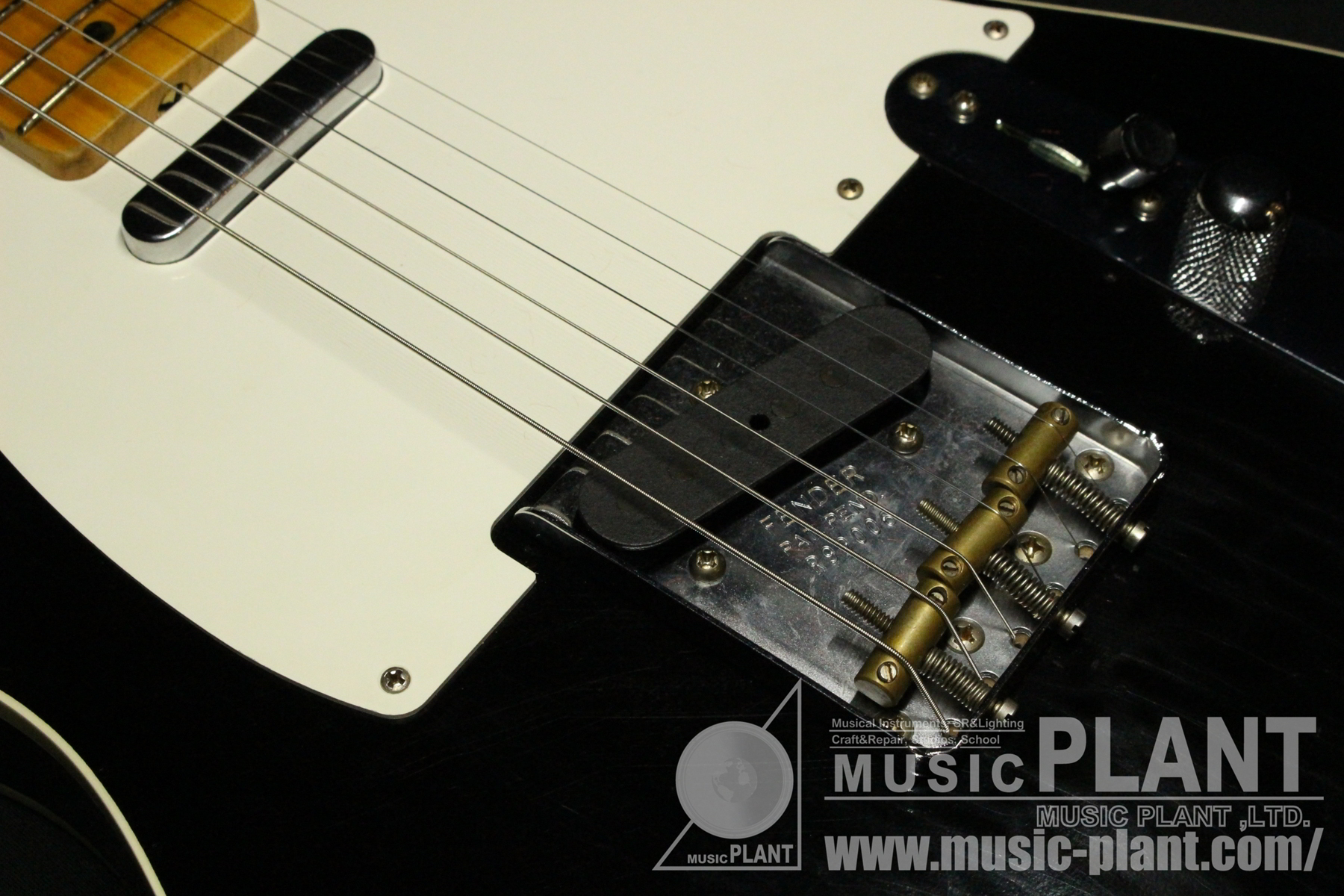 Custom Shop Limited Edition 1950s Telecaster Journeyman Relic Aged Black追加画像