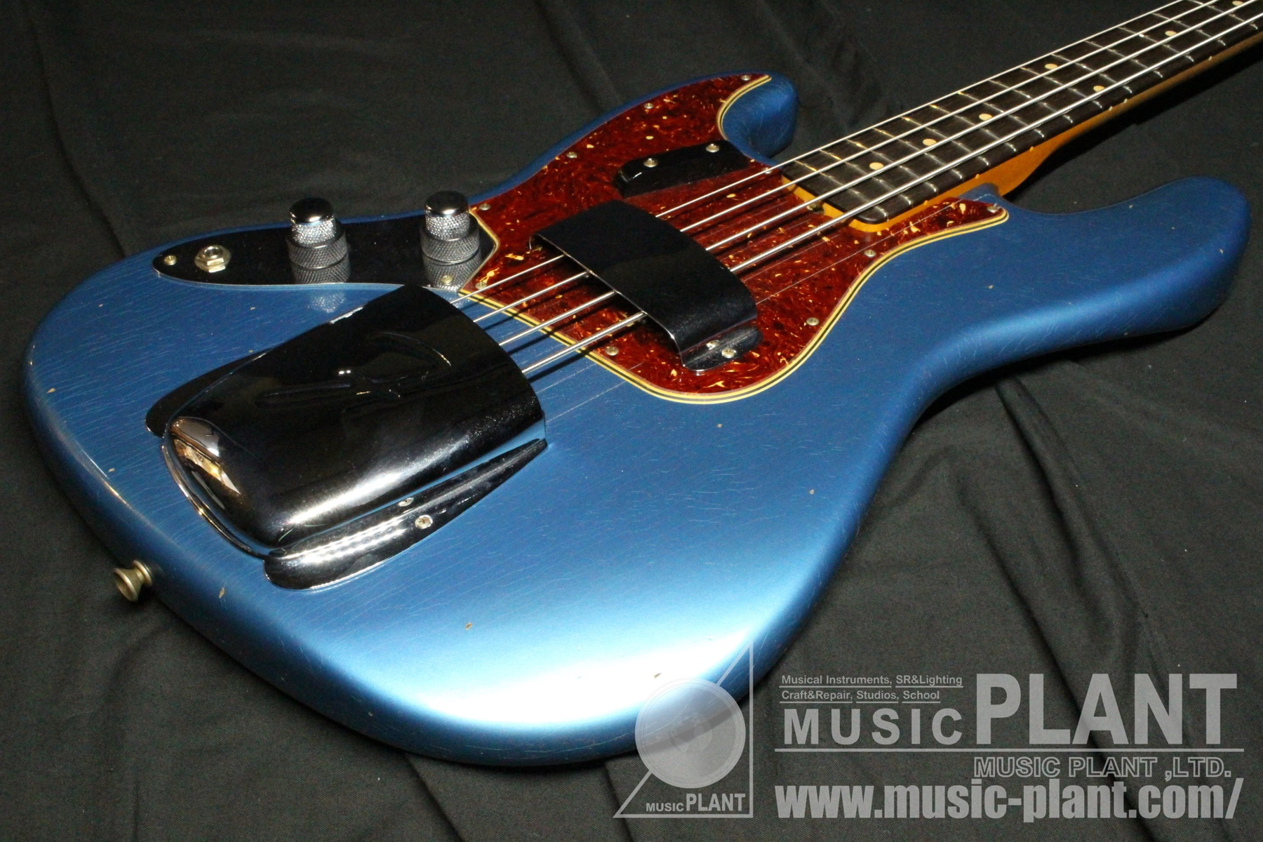 2019 NAMM Limited Edition 1962 Jazz Bass Journeyman Relic LH Aged Lake Placid Blue追加画像