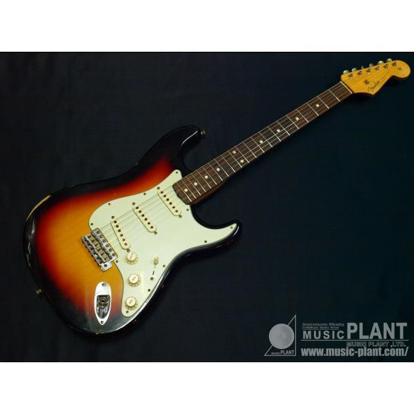 Fender1961 Relic® Stratocaster® 3-Color Sunburst